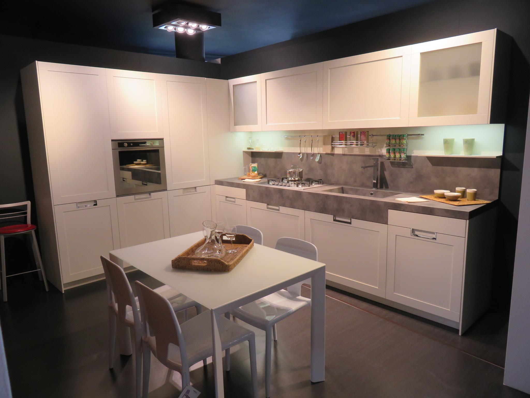 Arredamenti cucine camere letti e progettazione for Bonus arredamenti